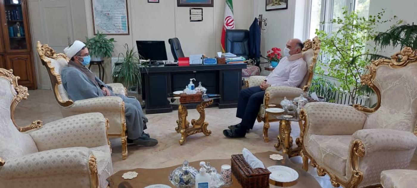 دیدار فرماندار ویژه ملایر با مدیرکل اوقاف و امور خیریه استان همدان