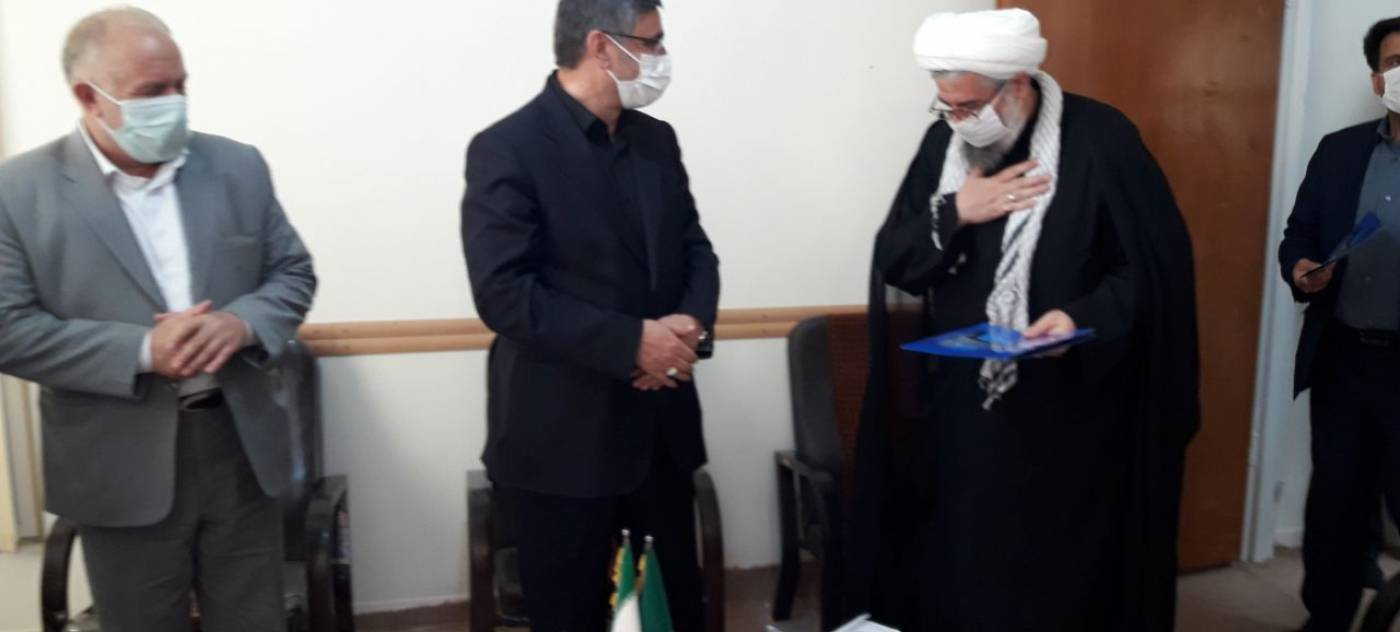 نشست استاندار همدان با ائمه جمعه و جمعی ار روحانیون شهرستان بهار .