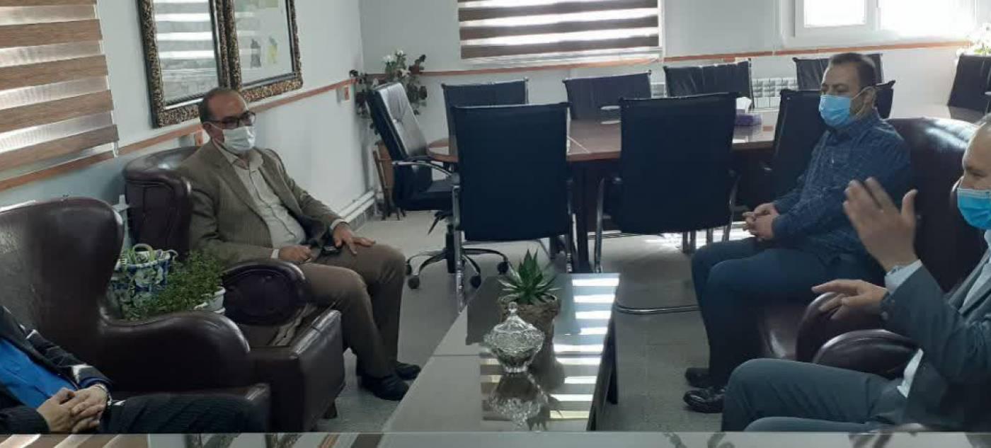 مدیرکل میراث فرهنگی و گردشگری استان با ناظری پور فرماندار درگزین دیدار و گفتگو کرد.