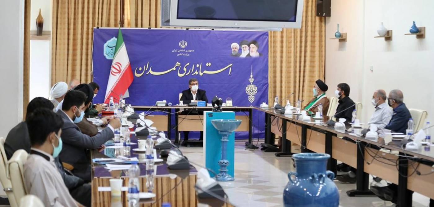 استاندار همدان: تکریم علما پاسداشت ارزشهای دینی است