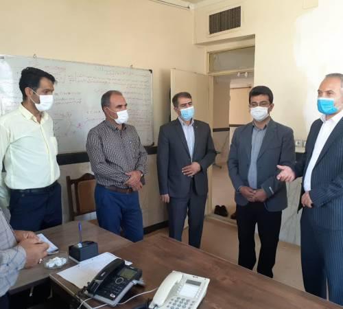   ناظری پور فرماندار درگزین در بازدید از مرکز پاسخگویی به مردم اداره برق شهرستانبر پاسخگویی به مردم تاکید کرد.
